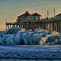 High Hurricane Surf At Huntington Beach by Tommy Anderson