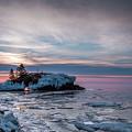 Hollow Rock Morning by Linda Ryma