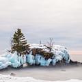 Hollow Rock Winter by Linda Ryma