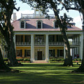 Houmas House Plantation by Nelson Strong