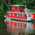 Houseboat On The Mississippi River by Teresa Zieba