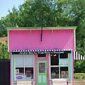 Ice Cream Parlor by Tom Reynen