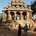 India Mahabalipuram  by Ilan Amihai