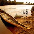 Indian Boat by Galeria Trompiz
