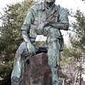Inland Northwest Veterans Memorial Statue by Carol Groenen