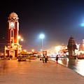 Jp025 The Clock Tower On The Malviya Dwipa At Har-ki-pauri by Jaime Pomares