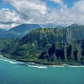 Kawaii Na Pali Coast  by Susie Weaver
