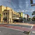 King And Market - Charleston, Sc by Donnie Whitaker