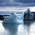 Knik Glacier Icebergs by Dianne Roberson