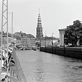Kobenhavn Kanal by Lee Santa