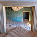 Kolmanskop 1 by Rand