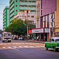 La Habana - Calle 23 - La Rampa - Vedado by Carlos Alkmin