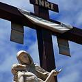 La Pieta by Susanne Van Hulst