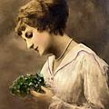 Lady Vintage by Isabella Howard