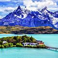 Lago Pehoe by Roberta Bragan