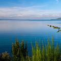 Lake Taupo by Marc Garrido