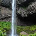 Latourell Falls, Oregon by Aashish Vaidya