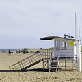 Lifeguard Station At Skegness by Rod Johnson
