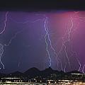 Lightning City by James BO  Insogna