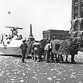 Lindbergh Parade, 1927 by Granger