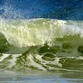 Liquid Thunder by Dianne Cowen