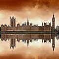 London by Jaroslaw Grudzinski