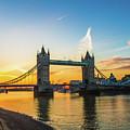 London Sunrise 2 by Robert Stasio
