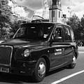 London Taxi by Agusti Pardo Rossello