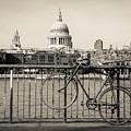 London Thames 1 by Marcin Rogozinski