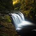 Lower Punchbowl Falls 1 by Ingrid Smith-Johnsen