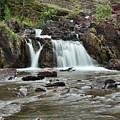 Lower Red Rocks Falls by Jemmy Archer