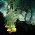 Luna by Maria Urso