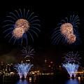 Macy's Fireworks IIi by David Hahn