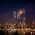 Macy's Fireworks Iv by David Hahn