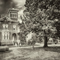 Magnolia Manor In Black And White by Susan Rissi Tregoning