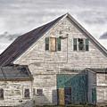 Maine Farm Barn by Richard Bean