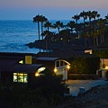 Malibu Beach House - Evening by Tommi Trudeau
