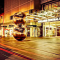 Malls Balls by Ray Warren