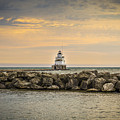 Manitowoc Lighthouse 2015-2 by Thomas Young