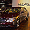 Maybach Limo by Alan Look