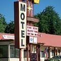 Mecca Motel by Anita Burgermeister