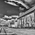 Medina Railyard 7323 by Guy Whiteley