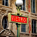 Metro by Olivier Le Queinec