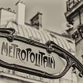 Metropolitain by Pablo Lopez