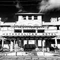 Metropolitan Hotel by John Rizzuto