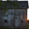 Midwest Barn by Sharmila Taylor