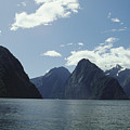 Milford Sound by Mary Van de Ven - Printscapes