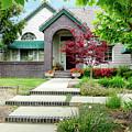 Modern Suburban House Hayward California 33 by Kathy Anselmo