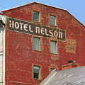 Montreal - Hotel Nelson by Frank Romeo