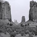 Monumentvalley 34 by Ingrid Smith-Johnsen